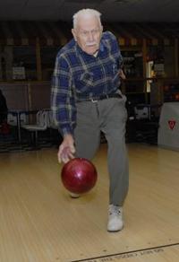 Bowling, anyone? Senior-bowling-advice
